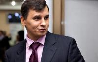 Высокопоставленный российский чиновник привез в Украину пакет компроматов