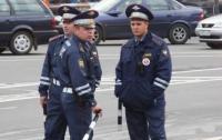 В Москве голый и пьяный водитель разбил 17 автомобилей