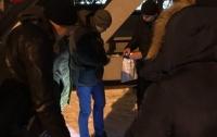 В Киеве избили и ограбили гражданина Польши
