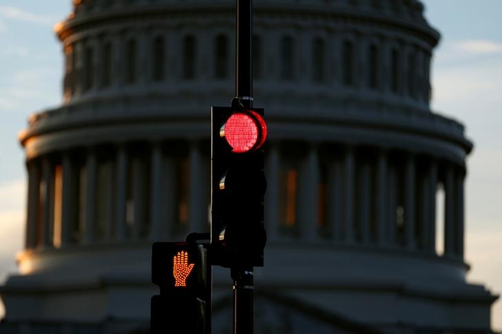 США объявили дату вступления всилу новых санкций против России