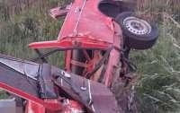 Машина превратилась в груду хлама: под Луцком разбились священник и семинарист