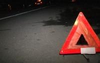 ДТП под Харьковом: водитель врезался в остановку, есть жертвы