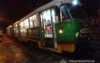 Человек погиб под трамваем