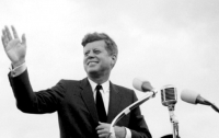 Сегодня увидят свет ранее засекреченные документы об убийстве Джона Кеннеди
