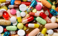 Иностранец пытался ввезти в Украину партию сильнодействующих лекарств