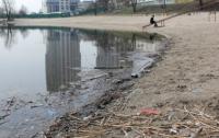 Любители чистоты сегодня приберут берег озера в парке «Нивки»