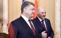 Лукашенко хочет поставлять гуманитарку на Донбасс без посредников