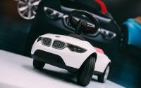 BMW сделала для детей Baby Racer III (ФОТО)