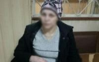 Жительница Днепра грабила девушек на улице