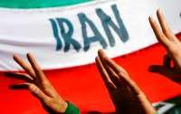 Иран начал военные учения в Персидском заливе