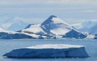 В Антарктиде растаял огромный массив льда