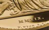 Королевский монетный двор Британии выпустили 5-килограммовую золотую монету