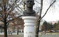 В Хорватии вандалы осквернили памятник первому космонавту планеты