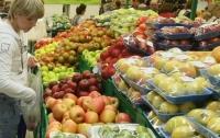 Названы самые опасные фрукты и ягоды