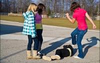 В Днепре двое девочек-подростков жестоко избили ровесницу