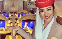 В Instagram разоблачили популярную стюардессу-путешественницу