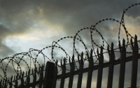 Тюремный чиновник показал, как должен вести себя не правоохранитель, а
