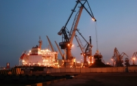 Первое судно с углем из США прибыло в Украину, - порт