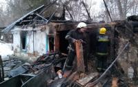 Под Киевом в сгоревшем дотла доме нашли мертвого мужчину