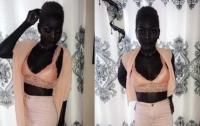 Африканка, страдавшая от издевательств из-за цвета кожи, стала моделью
