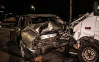 ДТП в Киеве: столкнулись два авто, есть пострадавшие