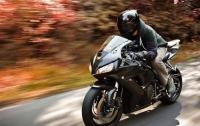 В Днепре насмерть разбился мотоциклист, убегая от патрульных (видео)