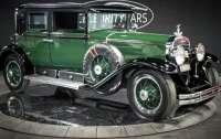 Cadillac всемирно известного гангстера продадут на аукционе