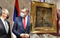 Президент может лишиться своего поста из-за украинской иконы