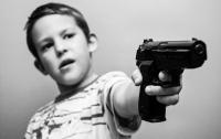 Четырехлетний ребенок случайно застрелил своего брата