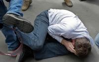 В Киеве жестоко избили подростка (видео)