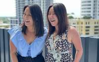 Разделенные при рождении близнецы нашли друг друга 36 лет спустя