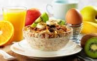 Ученые рассказали о пользе ранних завтраков