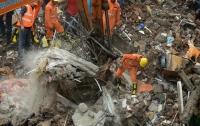 Обрушившийся в Индии дом похоронил 17 человек