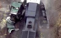 Поезд въехал в грузовик с соляной кислотой в США: 11 пострадавших