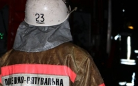 В Киеве спасенный пожарными мужчина умер в карете