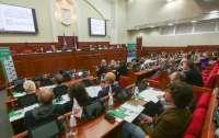 Депутатам местных и облсоветов запретили голосовать при конфликте интересов
