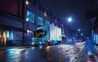 Volvo показала первый серийный электрогрузовик