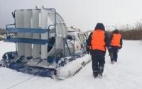 Снегоход провалился под лед: на Днепре погибли люди
