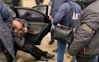 Сотрудники ГБР задержали двух пограничников на взяточничестве