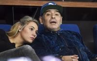 Марадона был арестован за долг бывшей девушке