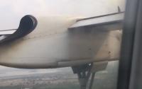 Пассажирский самолет совершил экстренную посадку в Таиланде (видео)