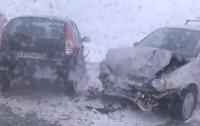 В России столкнулись 27 машин, есть пострадавшие