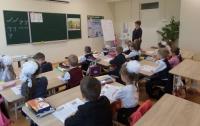 Украине грозит сокращение школьных учителей