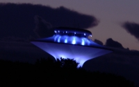 Жители сразу трех стран одновременно увидели в небе НЛО (видео)
