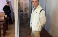 Суд решил отправить в психушку мужчину, который с ножом нападал на киевлян