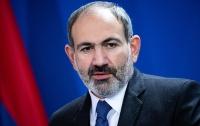 Сотрудница украла медали из резиденции премьера Армении