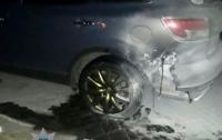 Патрульные предотвратили взрыв горящего автомобиля
