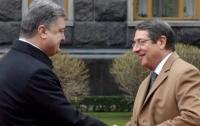 Порошенко поздравил президента Кипра с победой на выборах