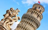 Американцев задержали за порчу Пизанской башни