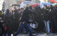 В Северной Ирландии на улицах прошли массовые беспорядки, есть погибшие